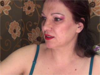 LucyHott - Sexy live show with sex cam on XloveCam®
