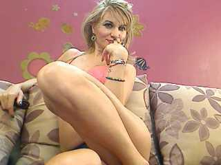 LadyJaime - Sexy live show with sex cam on XloveCam®