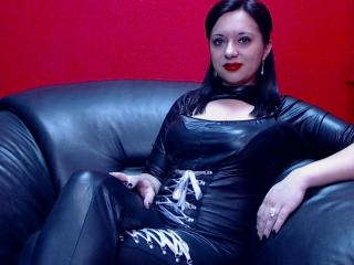 JustBelle - Sexy live show with sex cam on XloveCam®
