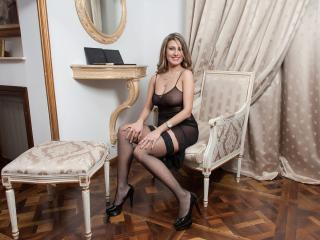 SweetJoyBB - Sexy live show with sex cam on XloveCam®