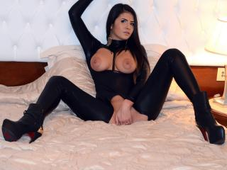 LongFontaine - Sexy live show with sex cam on XloveCam®