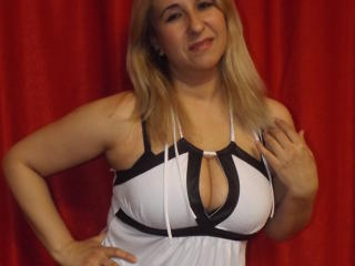 MargooTaPuce - Sexy live show with sex cam on XloveCam