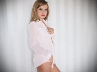 DaisyWalker - Sexy live show with sex cam on XloveCam®