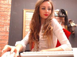 MistresIris - Sexy live show with sex cam on XloveCam®
