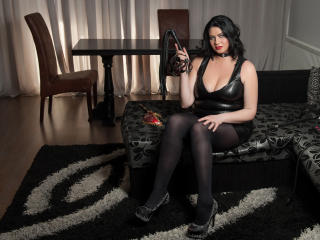 MistressIris - Sexy live show with sex cam on XloveCam®