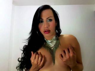AlexaTsQueen - Sexy live show with sex cam on XloveCam®