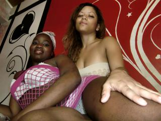 LesbiWhiteBlack - Sexy live show with sex cam on XloveCam®