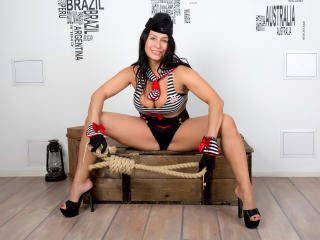 FloraSquirt - Sexy live show with sex cam on XloveCam®