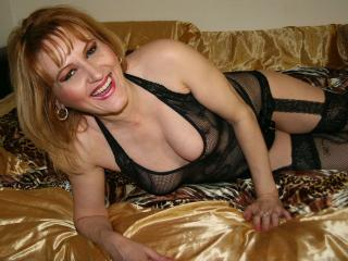 ErikaForYou - Sexy live show with sex cam on XloveCam®