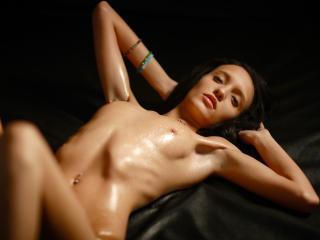 HotCharlotteBabe - Sexy live show with sex cam on XloveCam®