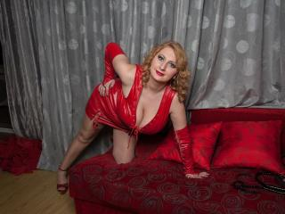 MistressChantal - Sexy live show with sex cam on XloveCam®