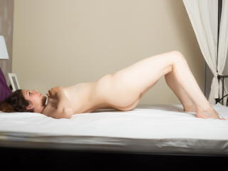 MariaSerenity - Sexy live show with sex cam on XloveCam®