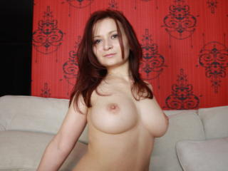LovelyBella - Sexy live show with sex cam on XloveCam®
