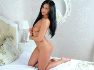 MissyHotX - Sexy live show with sex cam on XloveCam
