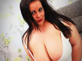 KinkyTitsShow - Sexy live show with sex cam on XloveCam