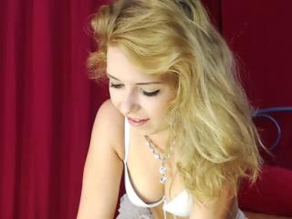 AmeliaS - Sexy live show with sex cam on XloveCam®