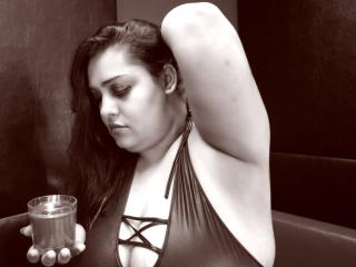 ExtremeLisa - Sexy live show with sex cam on XloveCam®