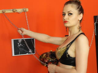 DommeNidia - Sexy live show with sex cam on XloveCam®