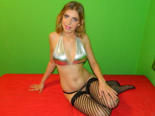 BlondeBabeX - Sexy live show with sex cam on XloveCam