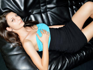 ErikaForPlay - Sexy live show with sex cam on XloveCam®