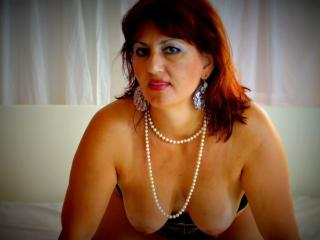 KarenCougar - Sexy live show with sex cam on XloveCam®