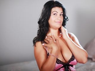 BigBoobsCheryl - Sexy live show with sex cam on XloveCam®