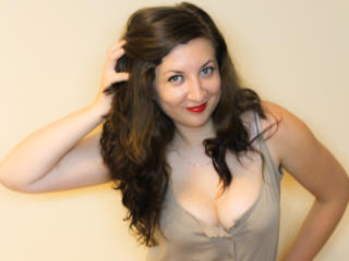 TeryBery - Sexy live show with sex cam on XloveCam®