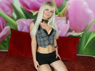 CutieJoX - Sexy live show with sex cam on XloveCam®