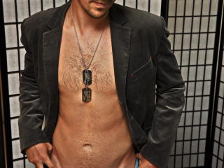 AwesomeRicardo - Sexy live show with sex cam on XloveCam
