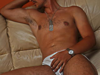 AwesomeRicardo - Sexy live show with sex cam on XloveCam®