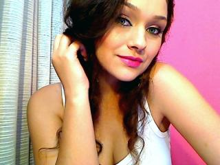 Megane - Sexy live show with sex cam on XloveCam®