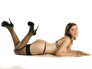 LucyRose - Sexy live show with sex cam on XloveCam®