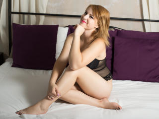 IreneTurner - Sexy live show with sex cam on XloveCam®
