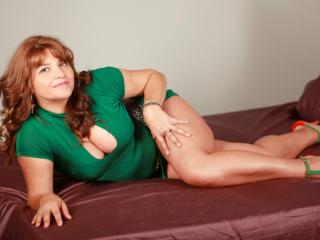 SweetyHanna - Sexy live show with sex cam on XloveCam®
