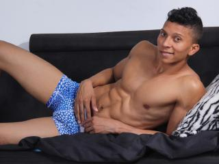 MikeHot69 - Sexy live show with sex cam on XloveCam®