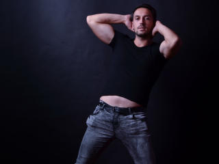 GinoMax - Sexy live show with sex cam on XloveCam®