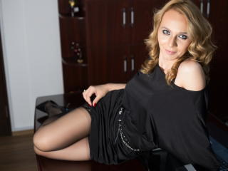 LeenaJacobs - Sexy live show with sex cam on XloveCam