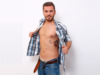 ParkerHunk - Sexy live show with sex cam on XloveCam®