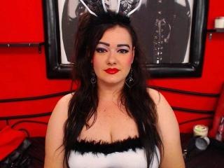 NaughtyClaire - Sexy live show with sex cam on XloveCam