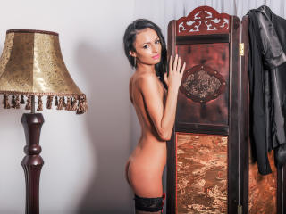 EroticIsabelle - Sexy live show with sex cam on XloveCam®