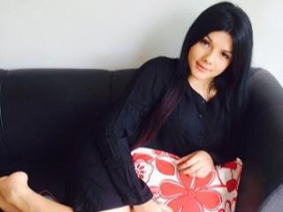 Cassandre - Sexy live show with sex cam on XloveCam®