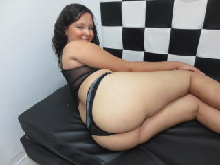 DinaSweety - Sexy live show with sex cam on XloveCam®