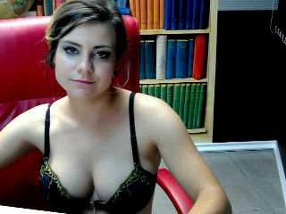 DupontKennya - Sexy live show with sex cam on XloveCam