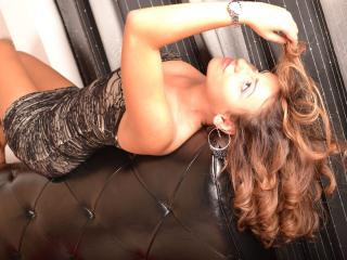 HornyAlisonX - Sexy live show with sex cam on XloveCam