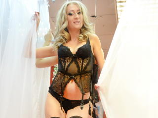 EdellyneArthur - Sexy live show with sex cam on XloveCam