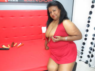 OneExoticDoll - Sexy live show with sex cam on XloveCam®