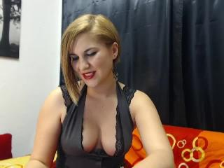 EveHott - Sexy live show with sex cam on XloveCam®