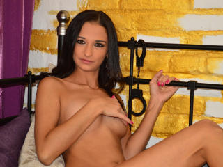 RayleneBlue - Sexy live show with sex cam on XloveCam
