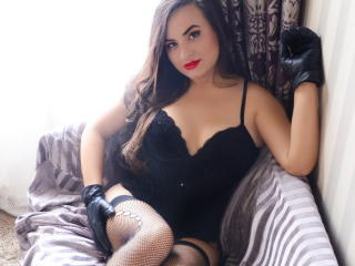 ClooverTay - Sexy live show with sex cam on XloveCam®