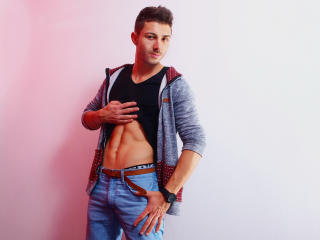RoyFoster - Sexy live show with sex cam on XloveCam®